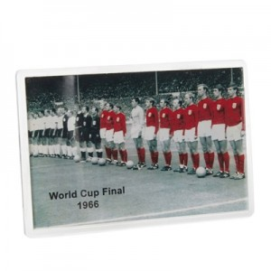 England Line up Magnet