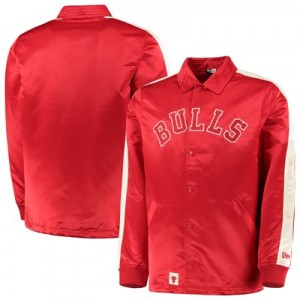 Chicago Bulls New Era Wordmark Coaches Jacket - Mens